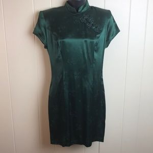 Vintage 80s/90s High Collar Green Dress w/ Floral